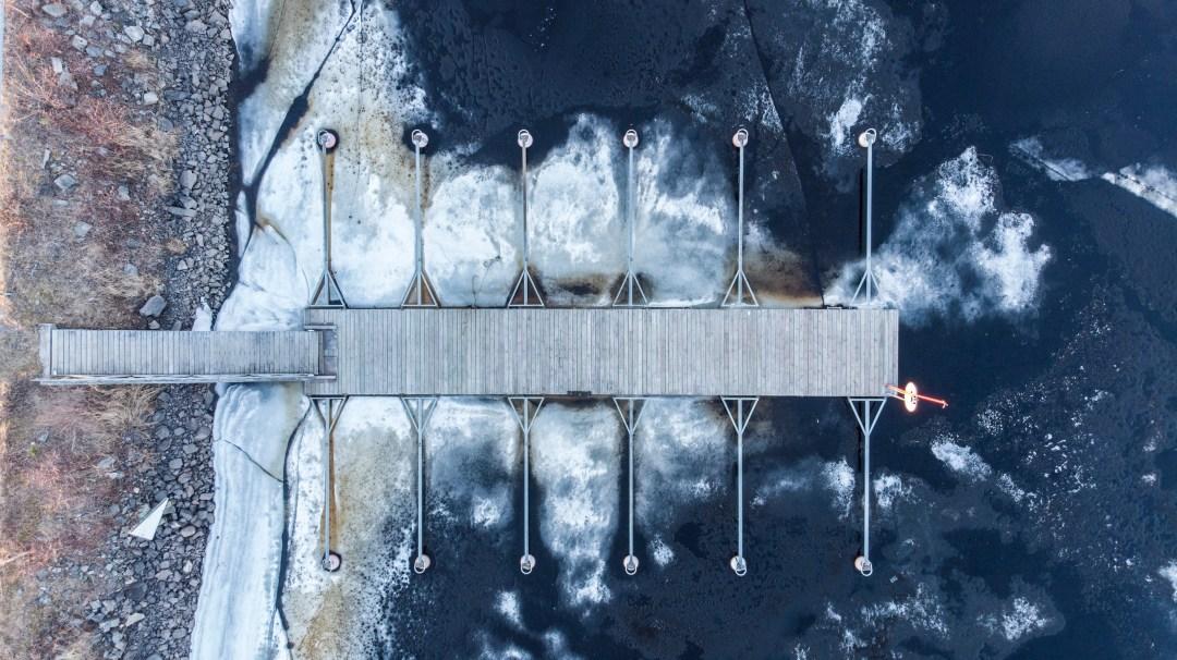 Laituri Mieslahden rannassa 05-2018