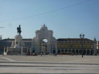 لشبونة ، وردة بوقاسي كلمات 13