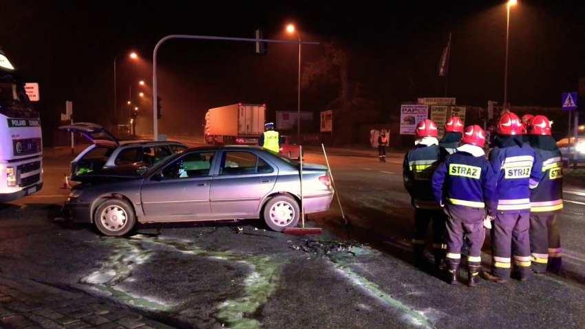 Wypadek na skrzyżowaniu ulic Warszawskiej z Sikorskiego