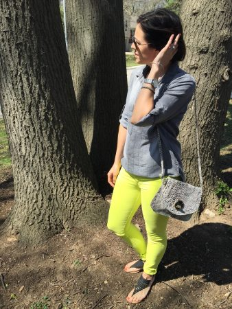 Sunny Yellow Jeans | how to style yellow jeans | spring fashion | styling for spring and summer | warm weather fashion | grey chambray