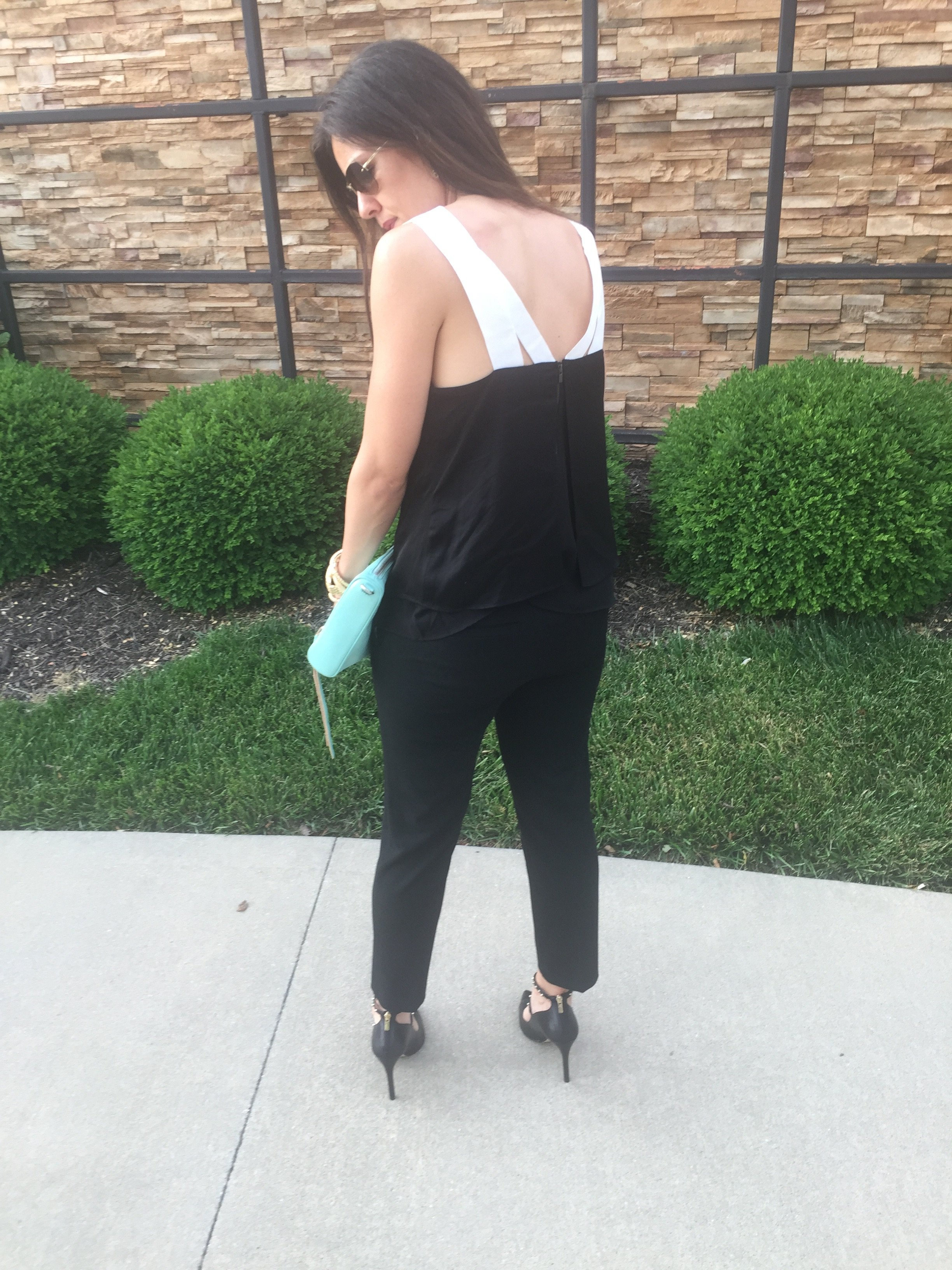 How to style studded pumps | spring fashion tips | styling for spring and summer | warm weather fashion | all black outfit