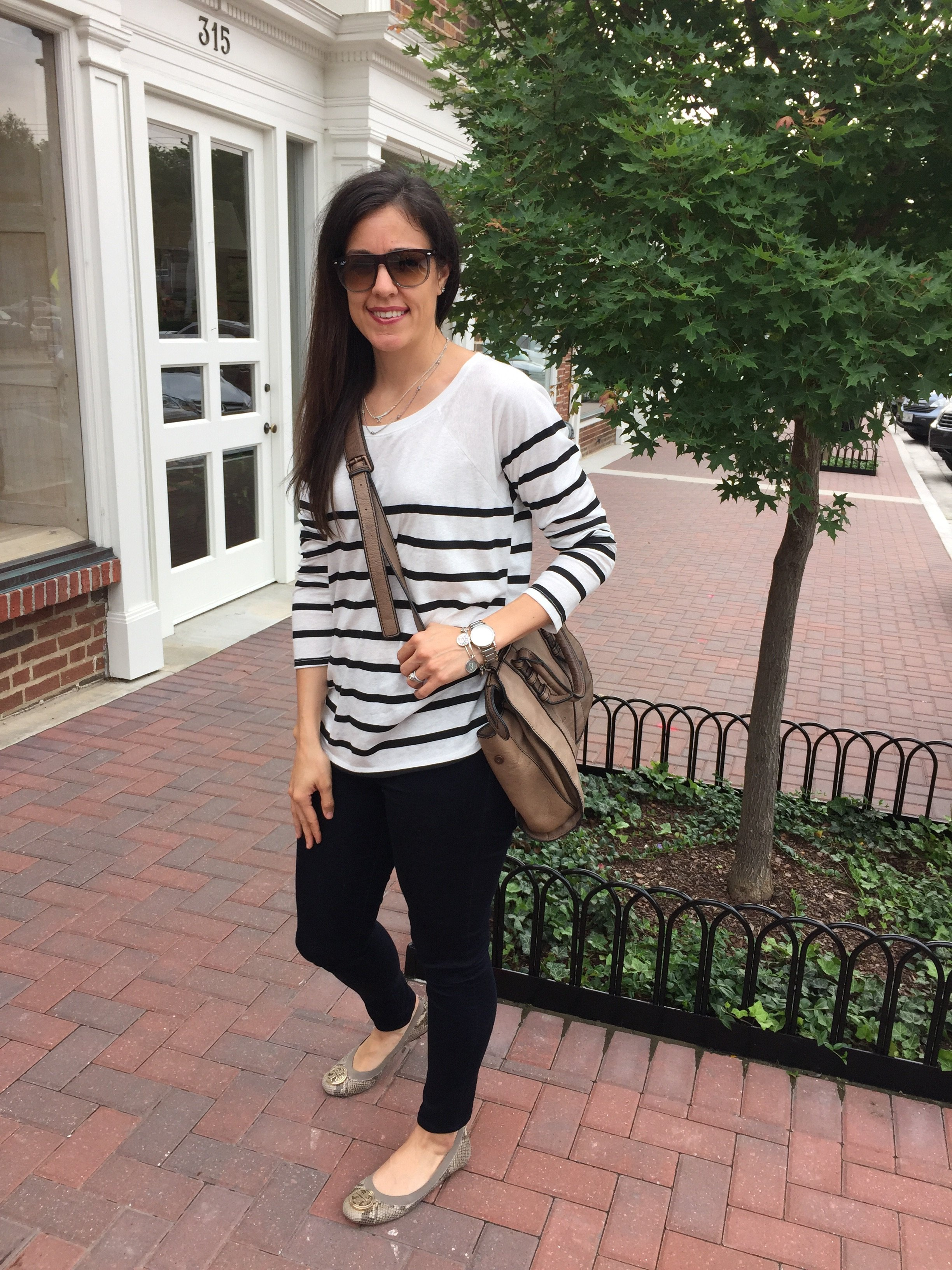Casual Stripes | how to style skinny jeans | summer fashion tips | styling for spring and summer | warm weather fashion