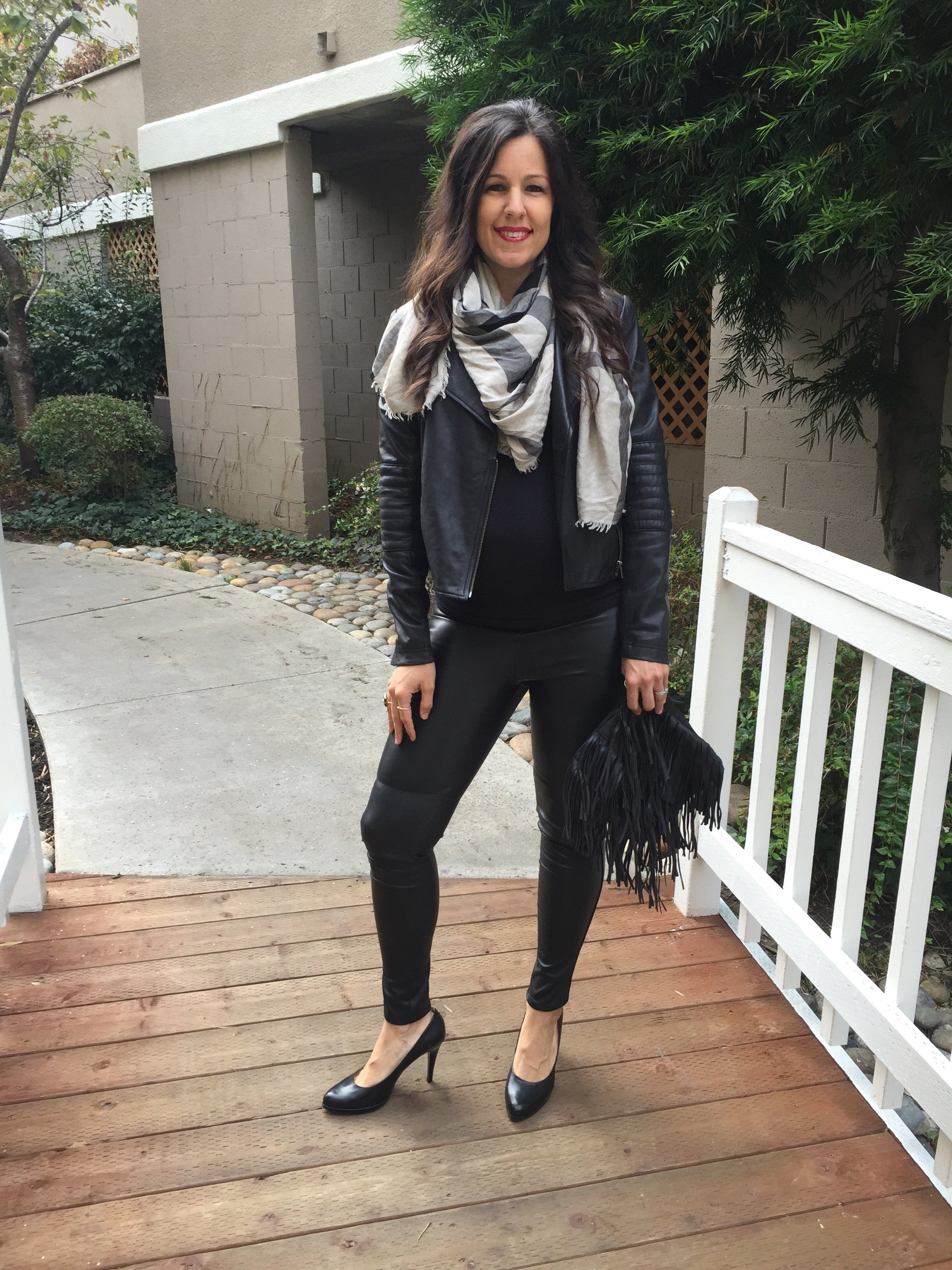 How to style the bump   maternity fashion   fall  and winter style   fall fashion tips   cool weather fashion