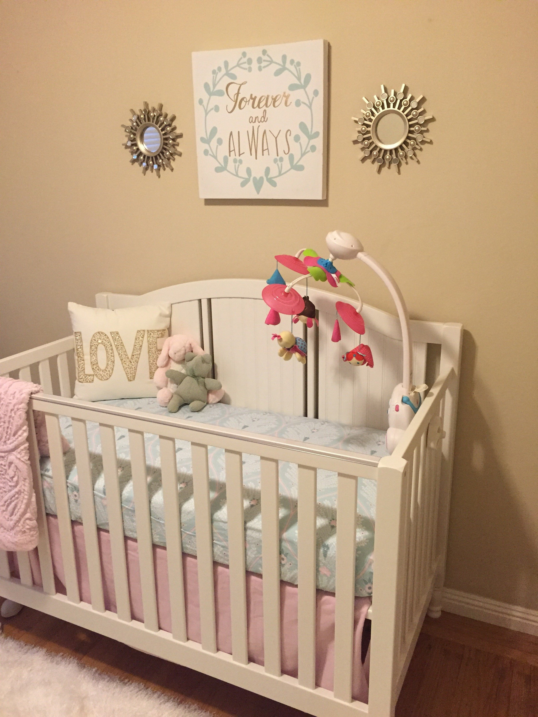 How to style baby's nursery