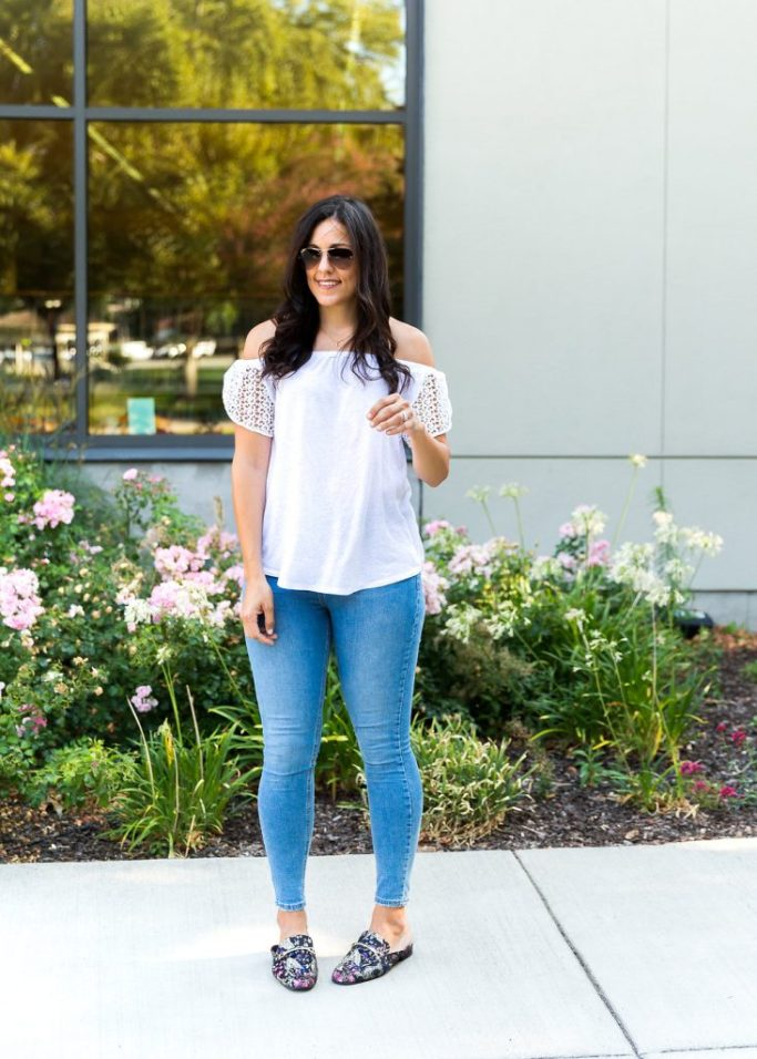 tips for wearing jeans and a tee, how to wear mules, mules outfit, off the shoulder tops, fall fashion, outfit ideas for fall, cute mom outfit ideas