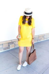 Tips for styling a tshirt dress
