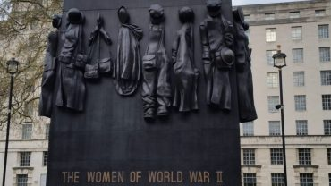 statue Women of World War II Memorial London