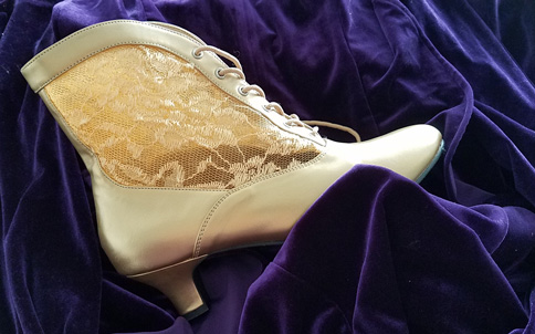 gold boot on purple velvet for Vegas