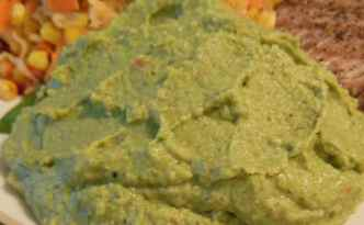 Broccoli-kikærte puré