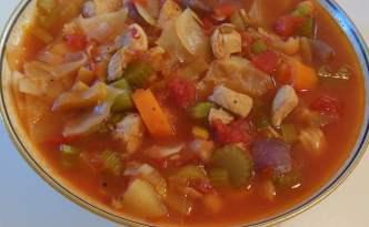 Kyllinge-minestronesuppe