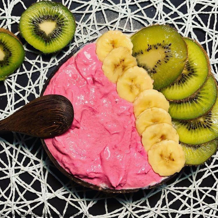 gesundes-kalorienarmes-fruehstueck-Barbie-Bowl