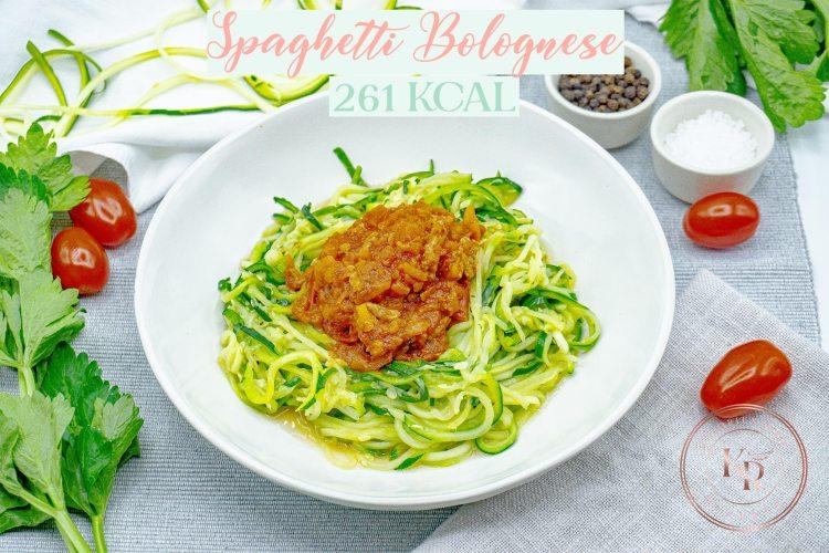 Zoodles mit Bolognese - Kalorienarme Rezepte