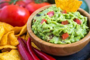 Cómo maridar vino con comida mexicana - guacamole