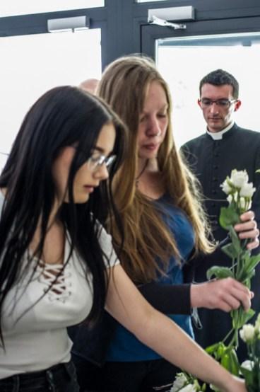 Uczniowie KEN i mieszkańcy uczcili 40 rocznicę wizyty honorowego obywatela Kalwarii Zebrzydowskiej - Ojca Świętego Jana Pawła II - 7 czerwca 2019 r. - fot. Andrzej Famielec {Filename»}_-5