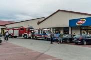 Nieszczęśliwy wypadek obok biedronki - 9 lipca 2020 - fot. Andrzej Famielec - Kalwaria 24 {Filename»}00982