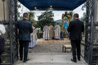 Procesja Wniebowzięcia NMP - 16 sierpnia 2020 r. - fot. Andrzej Famielec - Kalwaria 24-04508