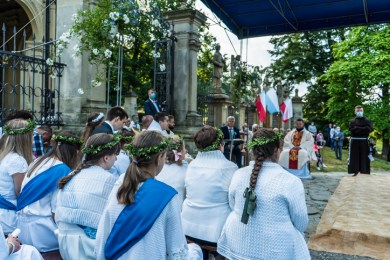 Procesja Wniebowzięcia NMP - 16 sierpnia 2020 r. - fot. Andrzej Famielec - Kalwaria 24-04572
