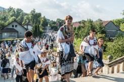 Procesja Wniebowzięcia NMP - 16 sierpnia 2020 r. - fot. Andrzej Famielec - Kalwaria 24-04691
