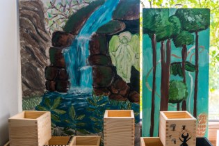 Zielony Anioł w Lanckoronie - Wystawa prac uczniów z -Werandy Anieli- podcas -Spotkania w Stodole--04385
