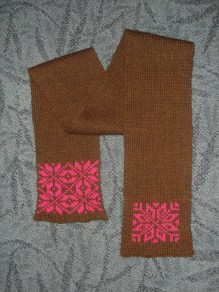 scarf - free pattern from Knitty (wool)