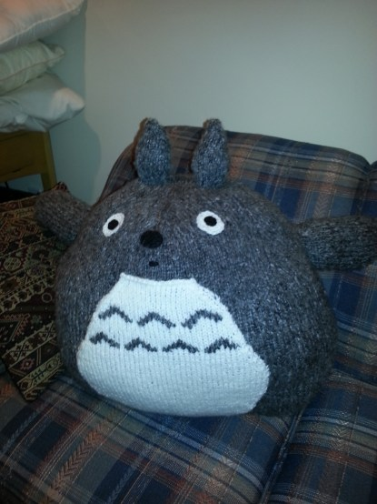 Totoro - adapted free pattern from Robin's Yarns