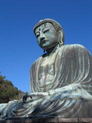 長谷の高徳院にある国宝、鎌倉大仏。