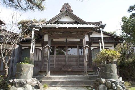 本成寺本堂。