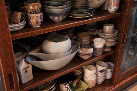 棚の中にも商品がいっぱい。