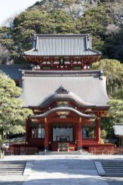 鎌倉の七福神めぐり。鶴岡八幡宮についたら鎌倉国宝館へ。弁財天が待っています。