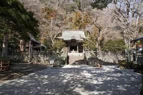 御霊神社の境内。