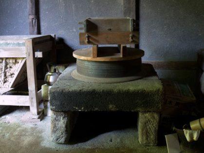 旧石井家住宅内の石窯。