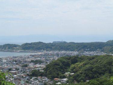 平成巡礼道。衣張山山頂からの展望。