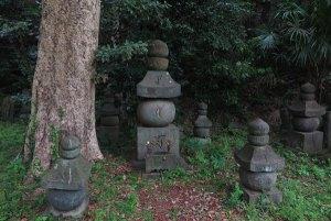 称名寺、北条顕時・金沢貞顕の墓