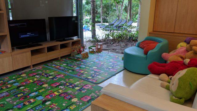 20190428_renaissance phuket_kidsroom2