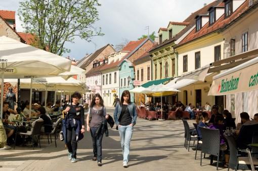 CROACIA. ZAGREB. Calle Tkalciceva.