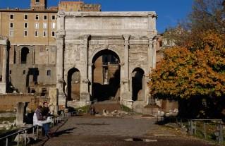 ROMA. Foro Romano. Arco de Settimio Severo y Via Sacra.