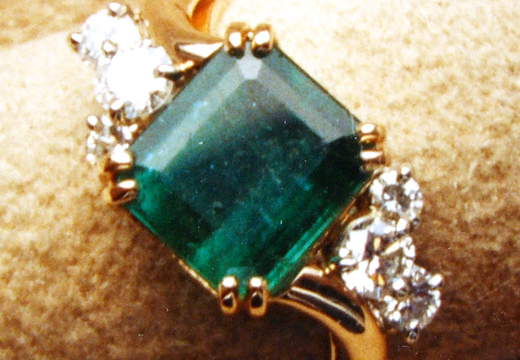 6 Choices of May Birthstone