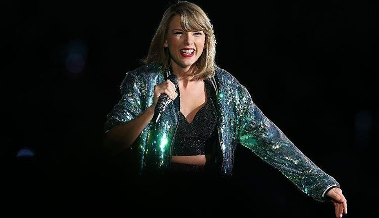 Taylor Swift Is 2016's Highest Paid Celebrity!
