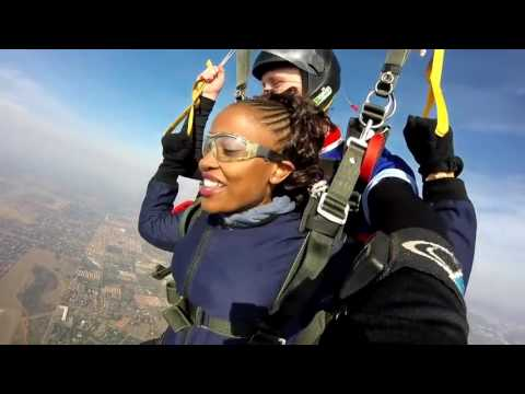 He Took His Girlfriend Skydiving and Proposed When They Landed! Watch Here.