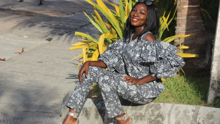 Style With The Average Nigerian Girl – Ankara Two Piece Chic