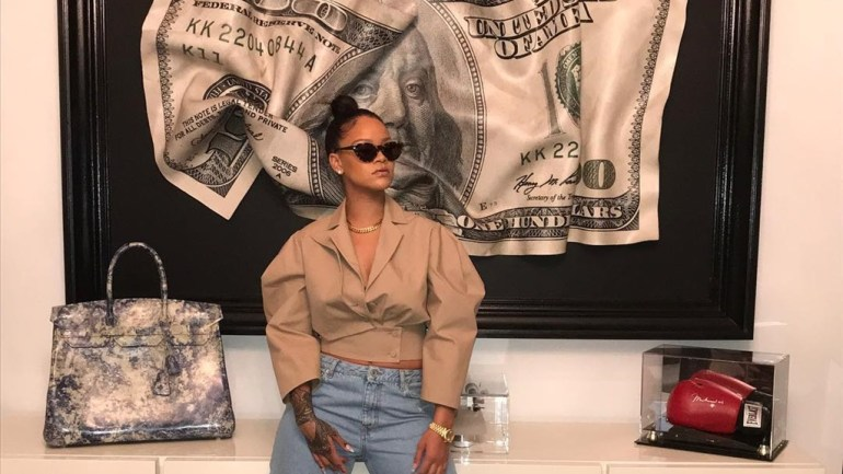 Fashion: How To Pull Off The Athleisure Trend Like Rihanna For LFDW 2017!