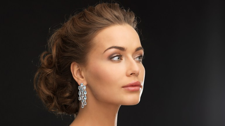5 Types of Earrings That Should Be In Your Collection