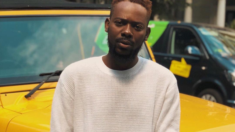 "Adekunle Gold Freestyles On Drake's ""Emotionless"""