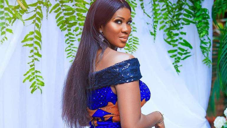 5 Celebrities That Would Make You Love Native Attires