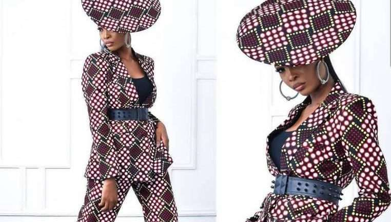 Ankara Styles #462: Serve An Unforgettable Look In 2019