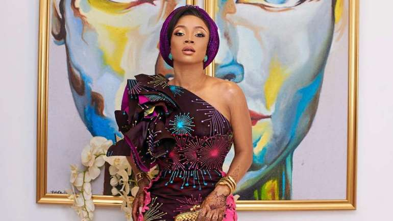Asoebi Styles #148: Toke Makinwa, Alex And Other Go All Out After The Barren Saturday