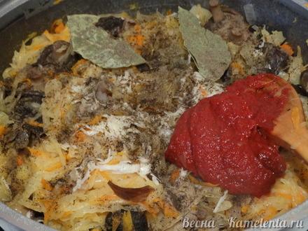 Приготовление рецепта Солянка из квашенной капусты с грибами шаг 11