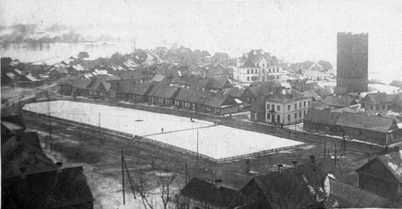 Место бывшей торговой площади во время войны