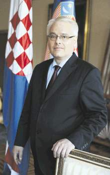Zagreb 27.06.2013 POGLED-Ivo Josipoviæsnimio Denis Lovroviæ