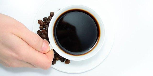 kava_šalica_zrna